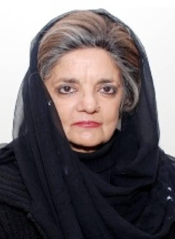 Mrs. Parveen Qadir Agha